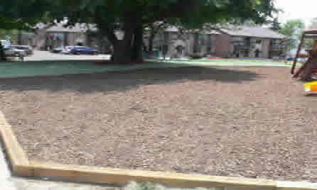playground with mulch 1