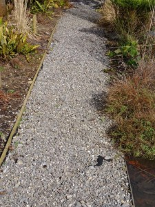 Things to consider when choosing stone mulch melvin mulch for Landscape rock delivery near me