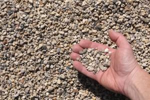 pea gravel hand 300x200
