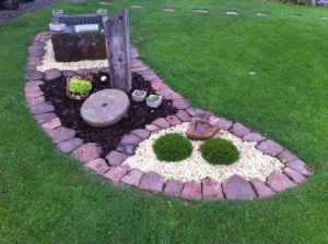 landscape stone edging 300x224