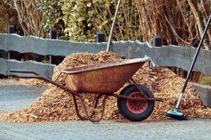 spring mulch and gardening wheelbarrow 300x200